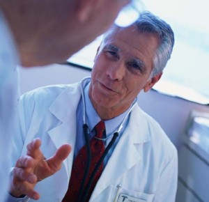 doctor_talking_with_patient-729412-300x290